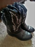 Black and white Cowgirl boots Size three youth