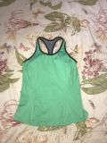 Women s Nike active workout top size small excellent condition