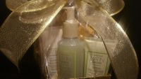 Mary key - White Tea & citrus Satin Hands Pampering Set