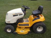 Cub Cadet LT1040 riding mower