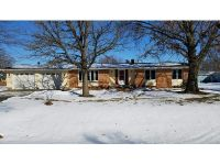 3 Bed 1.5 Bath Foreclosure Property in Geneseo, IL 61254 - Wolf Rd
