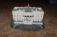 The White House from the Danbury Mint Homes of the President