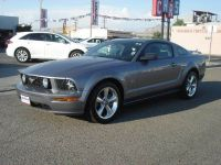 2006 Ford Mustang GT Premium 2dr Fastback