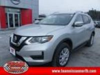 2017 Nissan Rogue Silver, new