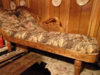 SWAN FAINTING COUCH/CHAISE LOUNGE. ANTIQUE REPLICA
