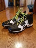 7.5 Under Armour Football Cleats 7.5