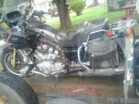 Purchase 1983 yamaha venture parts bike motorcycle in Lawrenceburg, Tennessee, US, for US $125.00