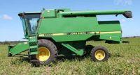 1993 John Deere 9500 Combine