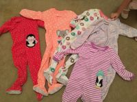 5 fleece footed Jammie's. 3 are brand new. 12$ all 3t.