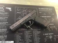 For Sale: Like New...Glock 22 Gen4 semi-auto .40cal pistol