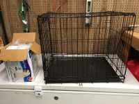 Puppy kennel and puppy pads