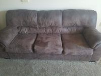 2 almost new couch and love seat