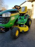 2015 John deer D130. 114 hours of use . 22HP Briggs and Stratton. Mint condition