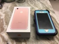 Like New Rose Gold iPhone 7 32gb