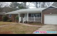 $1,350, 3br, Large Fenced In Yard!
