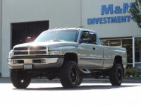 1999 Dodge Ram 2500 4X4 / 5.9 L CUMMINS DIESEL / Long Bed / LIFTED !!