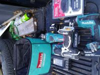 Makita cordless drywall screwgun and router and drill with charger 4 batteries and carrying case