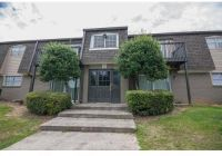 1 Bed - Lincoln Plaza at Lakeview Trails