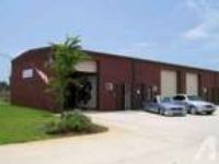 750ft - 750 SF warehouse with A/C in office (Navarre Gulf breez
