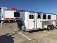 2018 Featherlite Trailers 8541-703H Horse Roca, NE