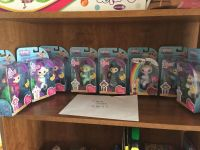 For trade Fingerlings and playsets
