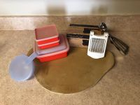 Pampered chef Tupperware lot