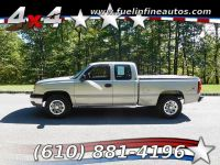 2004 Chevrolet Silverado 1500 Ext. Cab Short Bed 4WD 4-Speed Auto