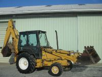 $2,599, great condition Ford 655C backhoe loader 4x4 75hp