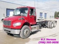 2014 Freightliner M2 24 ft Tandem Cab & Chassis