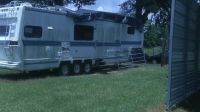 38' skyview 5TH WHEEL CAMPER