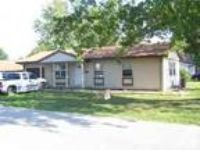 $725 / 3 BR - ft - House for rent (Carterville) 3 BR bedroom