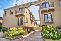 For Sale: 2 Bed 3 Bath condo in Studio City for $685,000