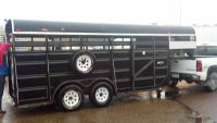 Very Nice 16 Foot Ponderosa Goose Neck Horse Trailer