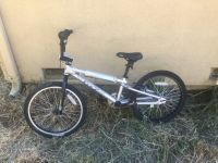 GT MACH One bmx bike