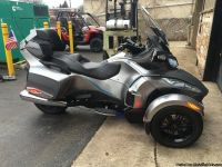 TONS OF EXTRAS! 2011 Can-Am Spyder RT-S SE5 in Sliver with Blue #2011u