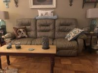 Electric reclining sofa and recliner