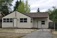 Spacious 5 bed/2 bath South Campus home with big fenced yard - available September!