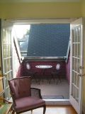 - $750  1br - Character Suite Inn Victorian Home - Furnished  (James Bay