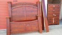 Queen Size Bed w/5-Drawer Chest