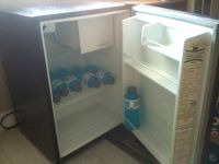 Kenmore mini-fridge 2.5 Cu.Ft. refrigerator