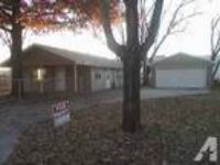 $770 / 3 BR - 950ft - house for rent (S Lincoln.) 3 BR bedroom
