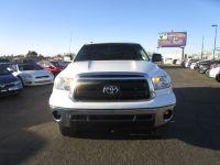 2012 Toyota Tundra 4WD Truck CrewMax 5.7L V8 6-Spd AT (Natl)