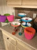 Fun colorful heavy plastic glasses and serving pieces. 17 pieces in all. A deal at $10.00 for set!