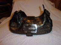 #12 GUESS HOBO PURSE BLACK AND GOLD