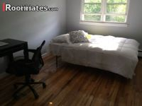 $1200 5 single-family home in Soundview