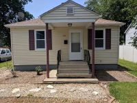 2 Bed 1 Bath Foreclosure Property in Collinsville, IL 62234 - Williams St