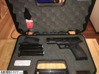 For Sale: Smith & Wesson M&P9