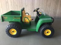 John Deere battery-powered Gator