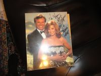 robert wagner and stephinie powers autographed photo