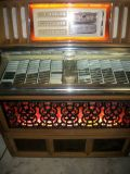 Restored Jukebox Plays 45 rpm Records